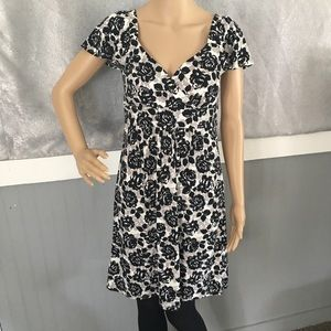 LOFT black white floral capped sleeved dress Sz Xs